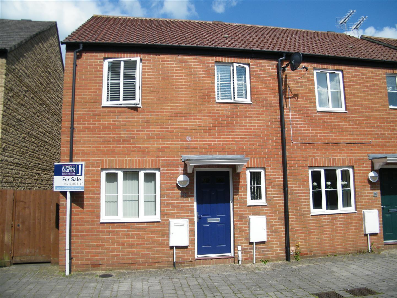 3 Bedrooms Property for sale in Zander Road, Calne